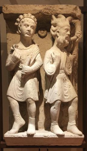 Marzo e Aprile, 1225-30 circa. (Maestro dei Mesi di Ferrara, pietra di Verona). cm 94x50x32